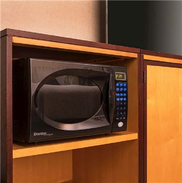 Deluxe Room features Microwaves