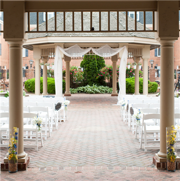 Outdoor Wedding Ceremony in the Courtyard