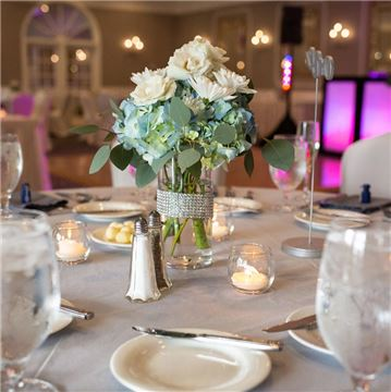Le Chameleon Ballroom Wedding Decor
